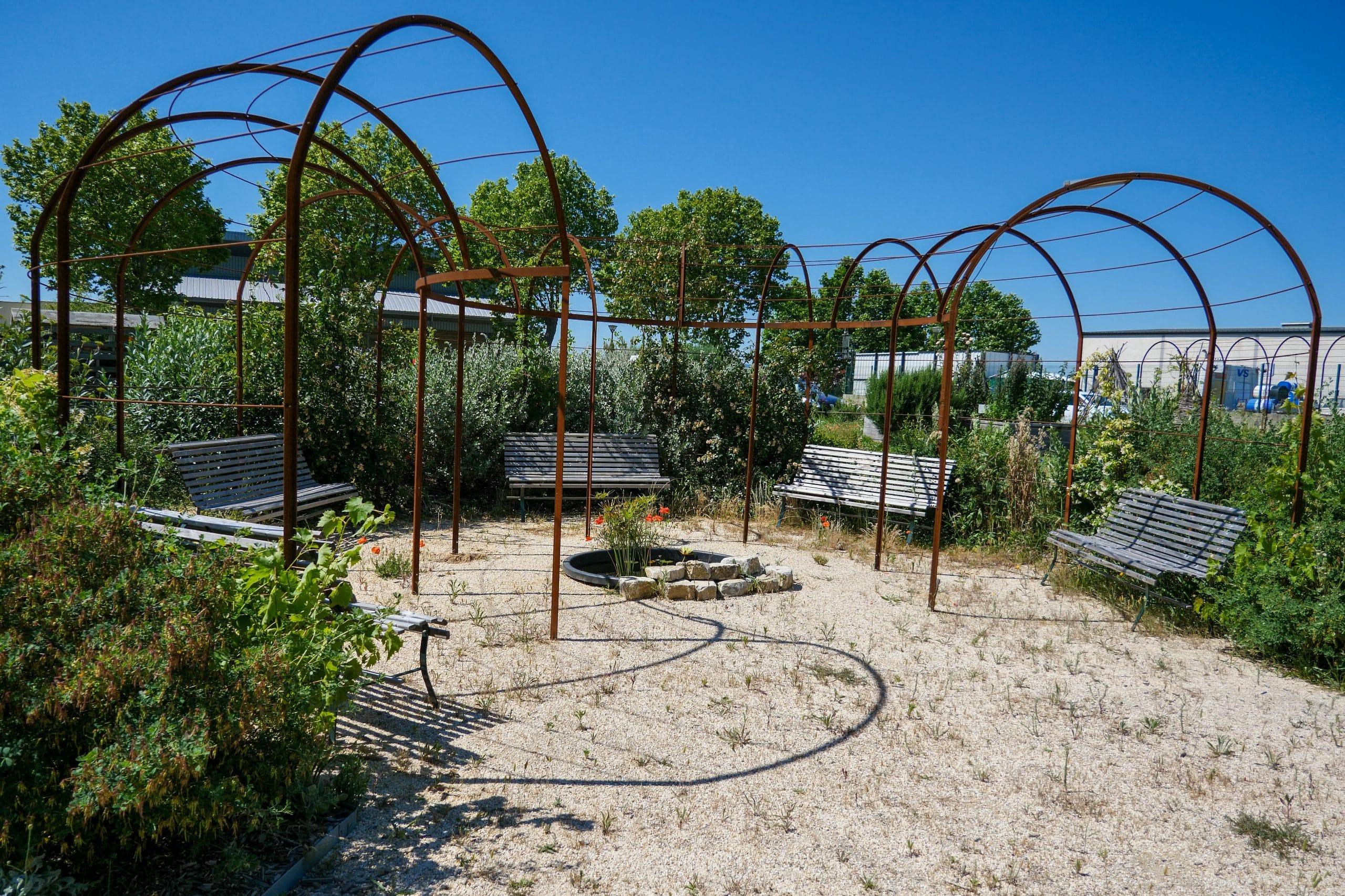 patio jardin pédagogique Covaldem11